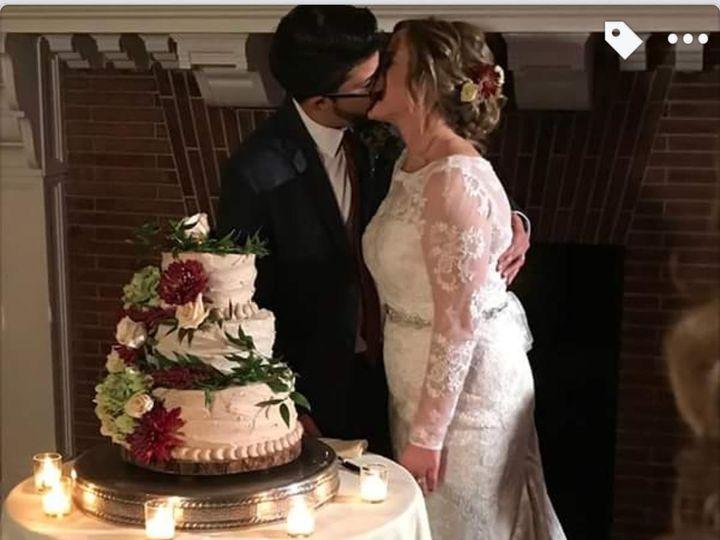 Tmx 1517424142 85bf2fb1b6bea825 1517424141 E7d83907932cb742 1517424141186 24 IMG 2031 Centerport wedding cake