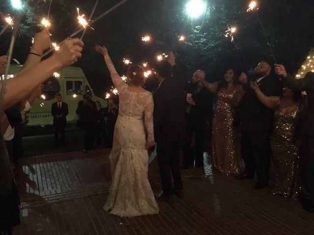 Tmx 1517424639 9330b99209aebf2b 1517424638 A2b0491651a340ea 1517424638405 14 Image1  4  Centerport wedding cake