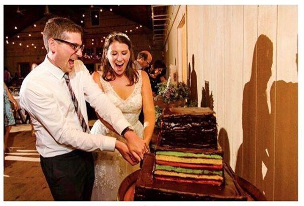 Tmx 1517425632 F8cb1878f00ad8c6 1517425631 4ae889062b595478 1517425630576 1 Screen Shot 2018 0 Centerport wedding cake