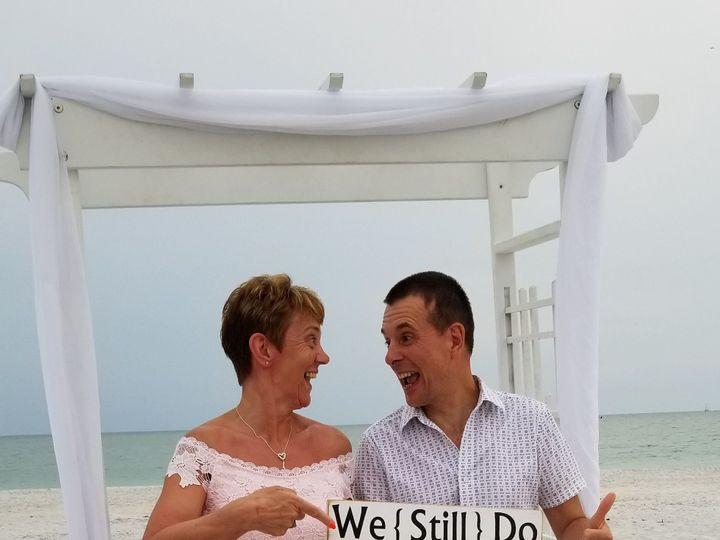 Tmx 1529335352 94d789042c34e5b7 1529335350 A38a8443b6e8c70c 1529335346580 1 Daren Clearwater, Florida wedding officiant