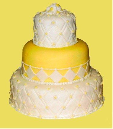 Sophisticated and fresh! The look of two different cakes from InStyle Weddings magazine were...