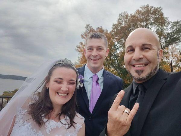 Tmx Couples Selfie 12 51 720804 160130091133798 Wolcott, CT wedding officiant