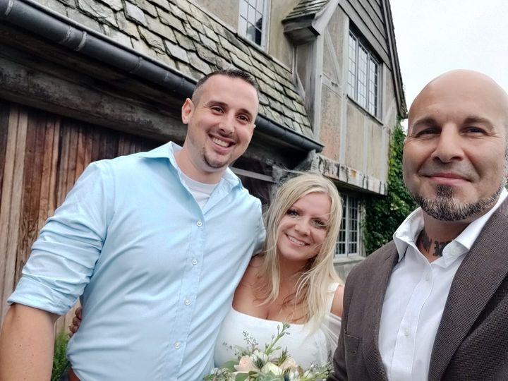 Tmx Couples Selfie 5 51 720804 160130091028727 Wolcott, CT wedding officiant