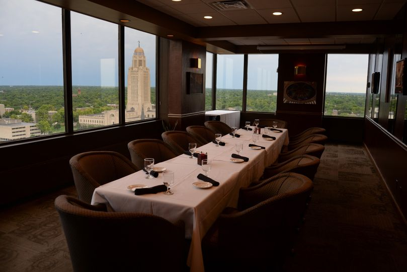Capitol Room for intimate dining