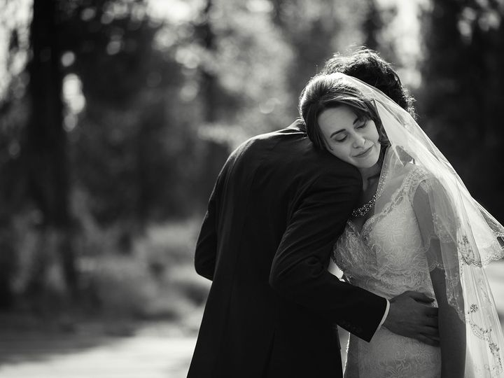 Tmx 1515910099 7732c578288eeb95 1515910097 43c77f31ea6d9d49 1515910010468 33 Jed And Elisabet  Portland, OR wedding photography