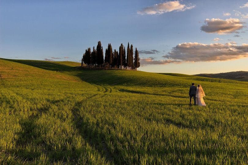 The best romantic time before the party! Our Italian Fairytale