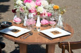 Rustic Chic Events and Rentals