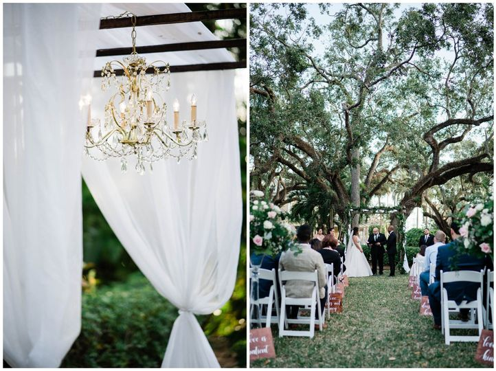 Elegant Rustic style outdoor ceremony