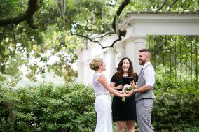 Tracy Brisson, Wedding Officiant - Savannah Custom Weddings & Elopements