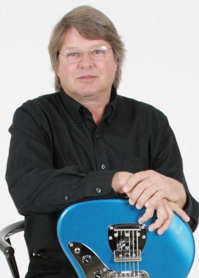 Dennis Jordan, Guitar and Vocals