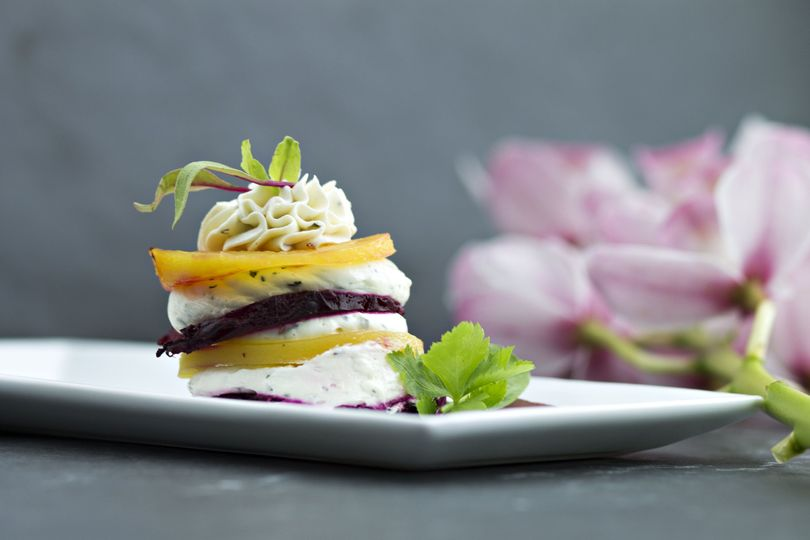 85bf0084f8afccb4 beets and goat cheese