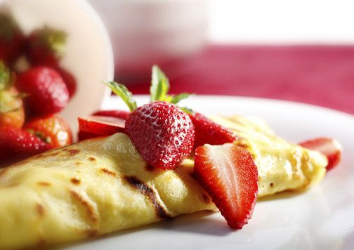 Omelet with straberry
