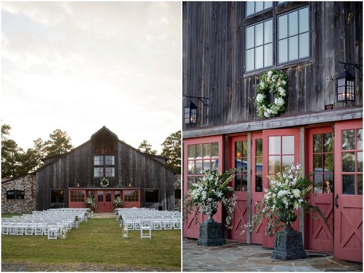 Ceremony at Sandy Creek Barn