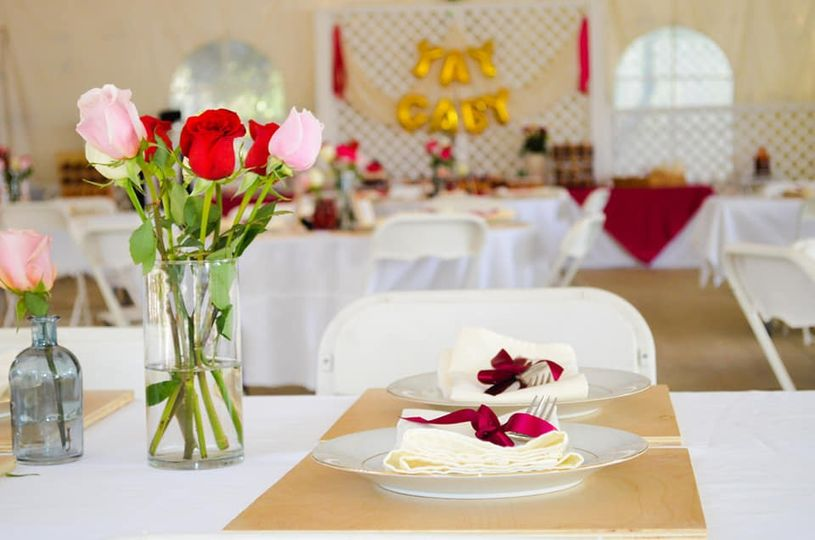 The reception table settings