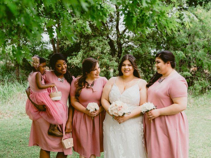 Tmx 1528034119 De4a460767bcd107 1528034117 Ce70f695a459d030 1528034101193 31 FDF2FF78 1497 461 San Antonio, TX wedding beauty