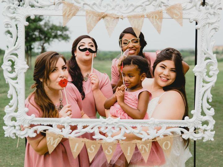 Tmx 1528041110 003f1ede808aa9f5 1528041108 5791d0b1bcdfbad4 1528041107337 9 EE7407B6 8359 43E6 San Antonio, TX wedding beauty