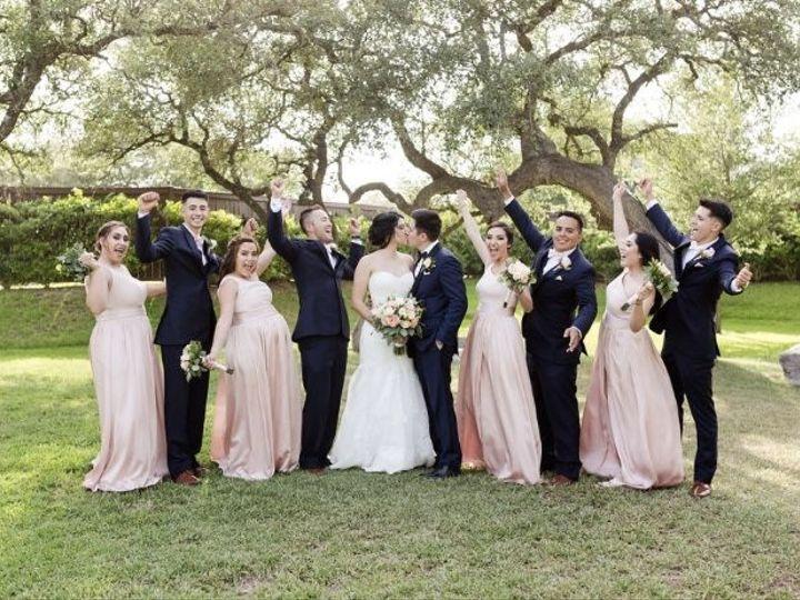 Tmx 1537813243 03316fd4af9105f6 1537813241 046a4bcc29a95bed 1537813239211 6 ED348B59 9C16 4FDD San Antonio, TX wedding beauty