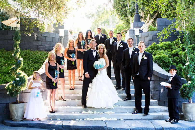 800x800 1501978480340 chris britney steps bridal party mike lewis