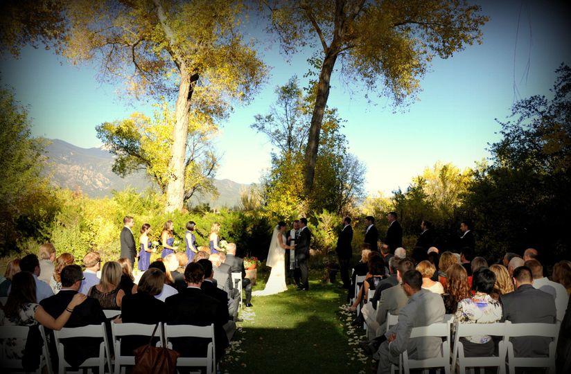 12dbb0fa43f13730 1529255553 b4c77c6e8e915abd 1529255530402 3 wedding2