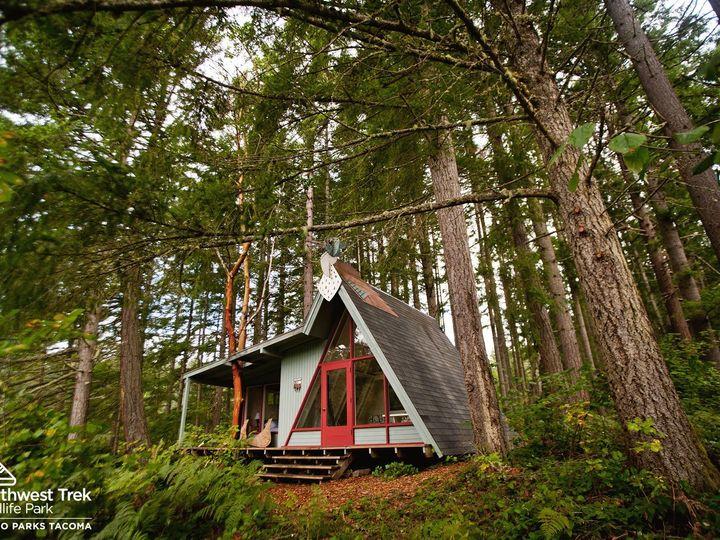 Tmx 4 Exterior Of Forest Edge Cabin 51 619014 158627057767483 Eatonville, WA wedding venue