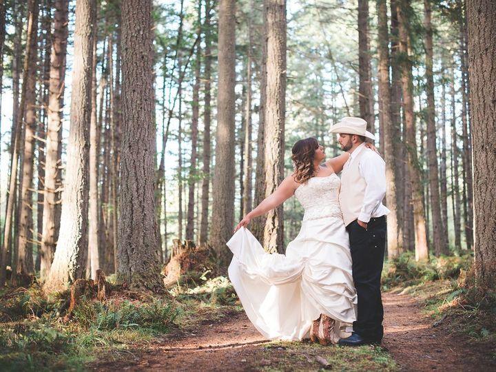 Tmx Amanda And Rick On Dirt Road 51 619014 158627061611448 Eatonville, WA wedding venue