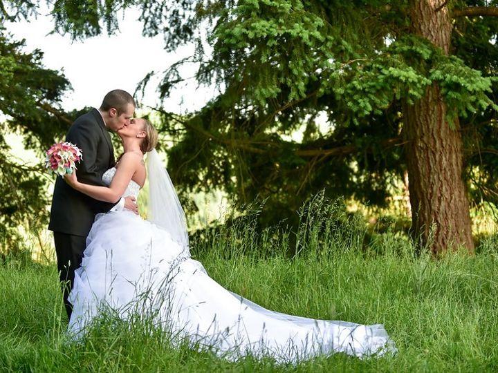 Tmx Kissing In Grass 51 619014 158627068462758 Eatonville, WA wedding venue
