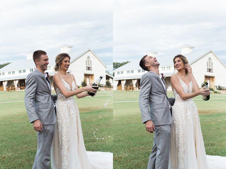Tmx 1531838524 040aef3ac559d6fc 1531838523 8bc25af03b0b1dc4 1531838506384 31 2017 10 23 0031 Billings, MT wedding photography