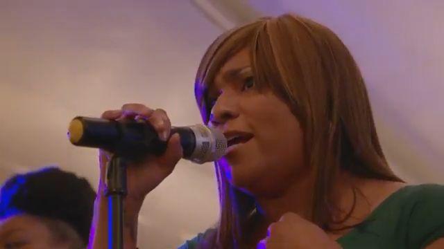 Nina Taswell - Singer