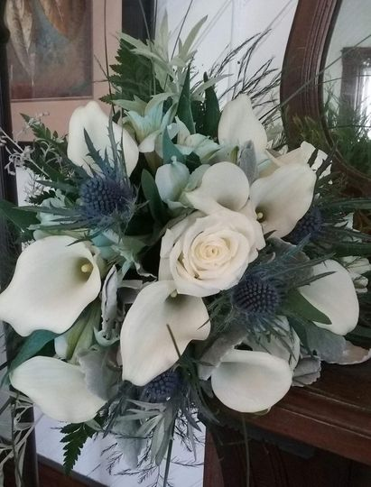 Calla and Rose Bouquet