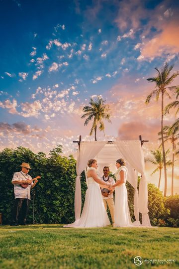 Same Sex Marriage with Laura and Candice in Maui, Hawaii