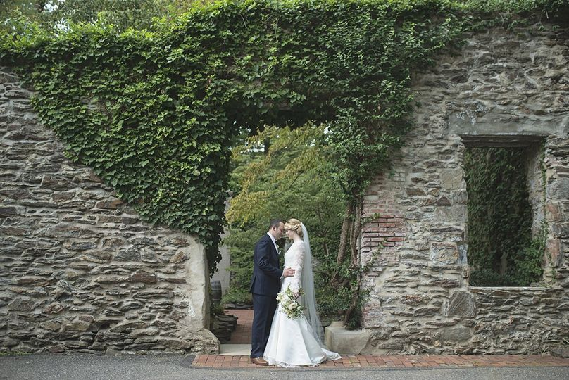 elegant old mill rose valley philadelphia wedding 27 51 648114