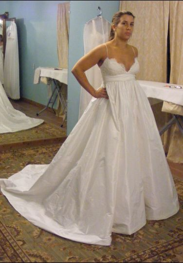 Alterations veils by beatrice dress attire austin for Wedding dresses beaumont tx