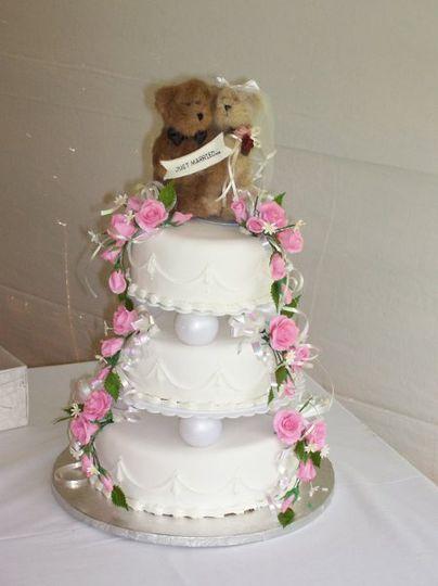 Eddies Bakery Wedding Cake