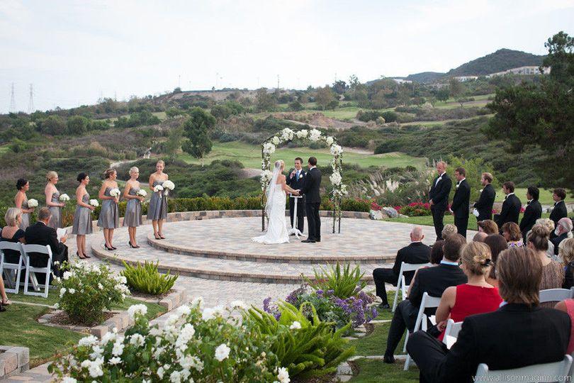 39720d5e9e3541b0 1453404966333 7 bella collina san clemente wedding by allison ma