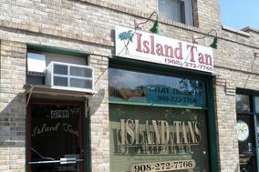 "Island Tans ""Indoor Tanning & Spray Tanning Studio"""