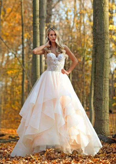 Bridal boutiques in orange county mini bridal for Cheap wedding dresses in orange county
