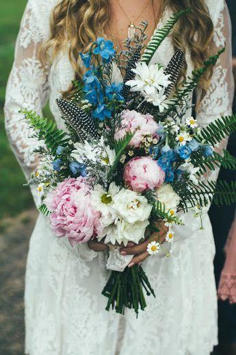 2631b810bb41eb10 front bouquet
