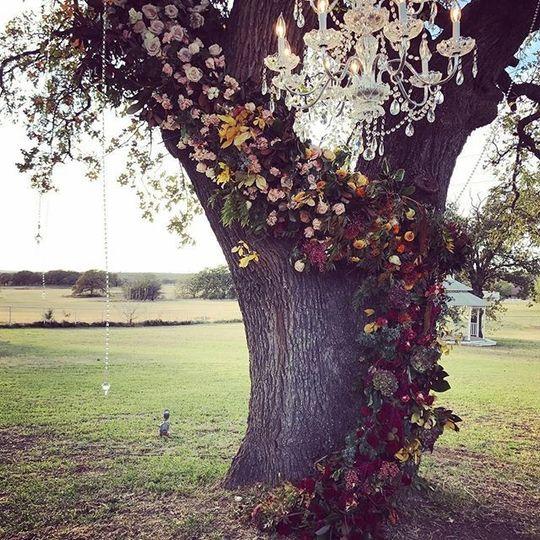 Oak Tree decoration
