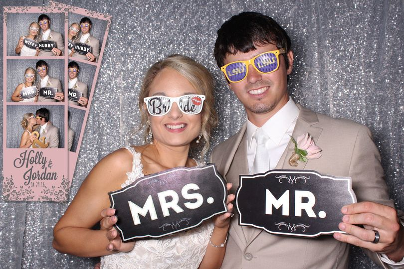 wedding photo booth couple1