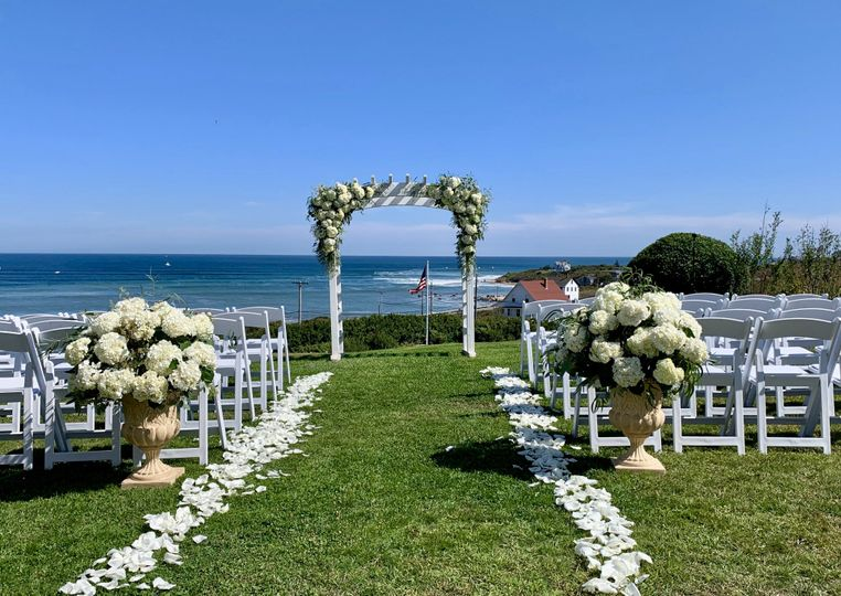 Flowers by the sea ceremony