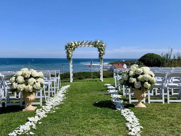 Tmx Fullsizeoutput 189e 51 172314 158690752410771 Block Island, RI wedding florist