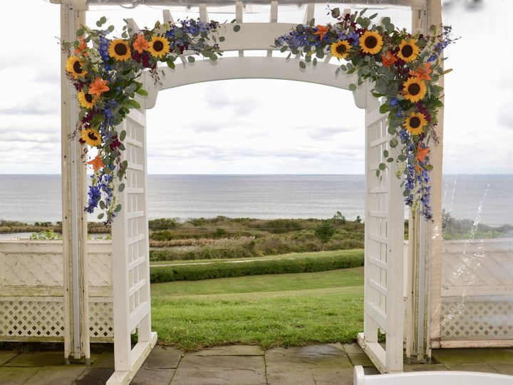 Tmx Fullsizeoutput F4a 51 172314 158881564841869 Block Island, RI wedding florist