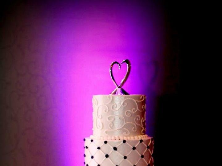 Tmx 1342996569050 LanikaJohnnysWeddingCake Greensboro, NC wedding cake