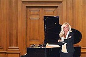 Chicago's Pianist Kathie Nicolet