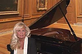 Chicago's Pianist Kathie Nicolet