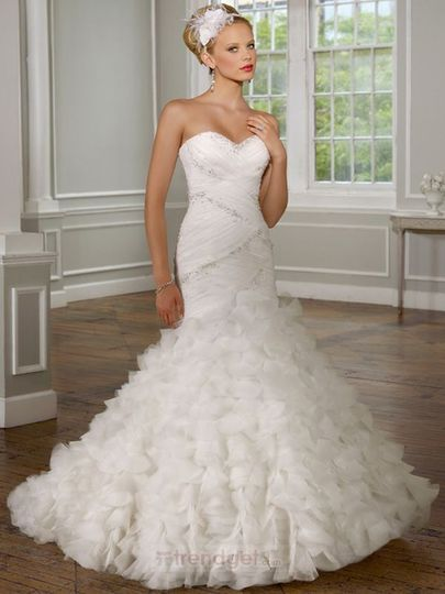 Product NameLuxury A-line Sweetheart Floor-length Organza White Wedding Dresses Item Code:122222