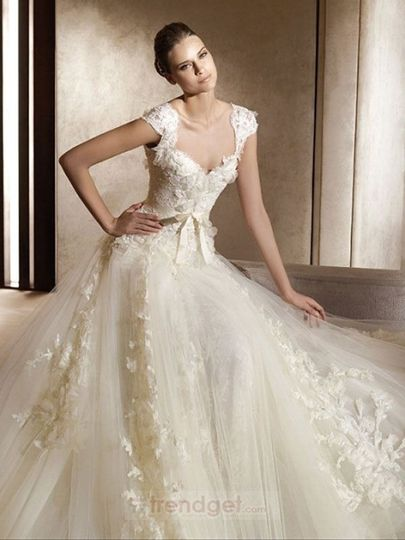Product NameModern A-line Off-the-shoulder Floor-length Lace White Wedding Dresses 2013 Item Code:...