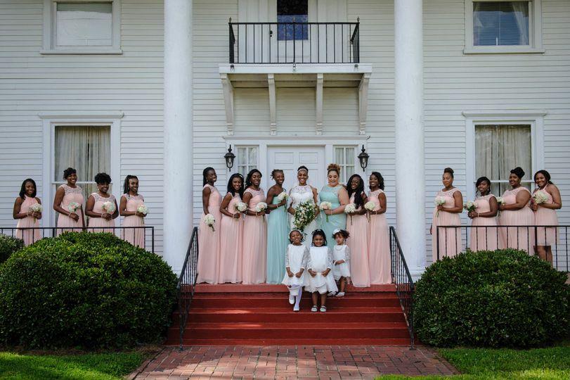 0e3a139d9483d989 1515425385 f09d42273c273b42 1515425379812 7 april bridesmaids