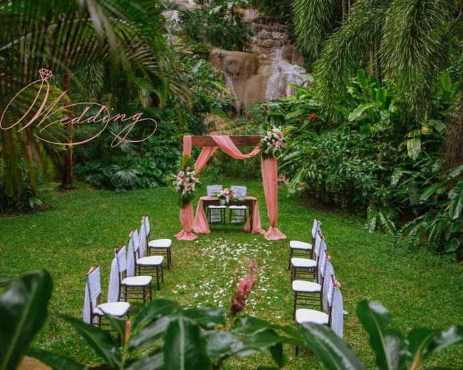 Waterfalls wedding ceremony