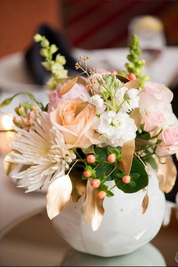 oberer 39 s flowers flowers carmel in weddingwire. Black Bedroom Furniture Sets. Home Design Ideas